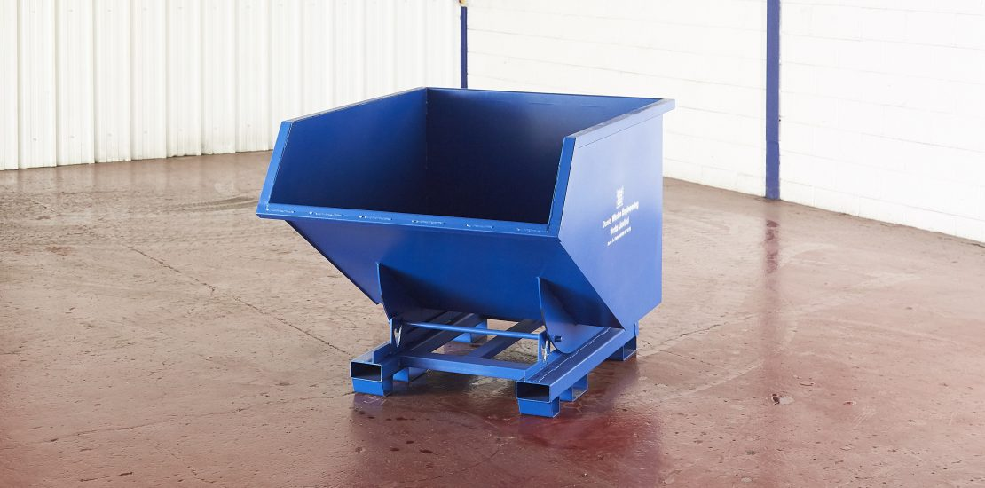 manual skips, tipping skips, forklift tipping skips, waste managment, construction, engineering
